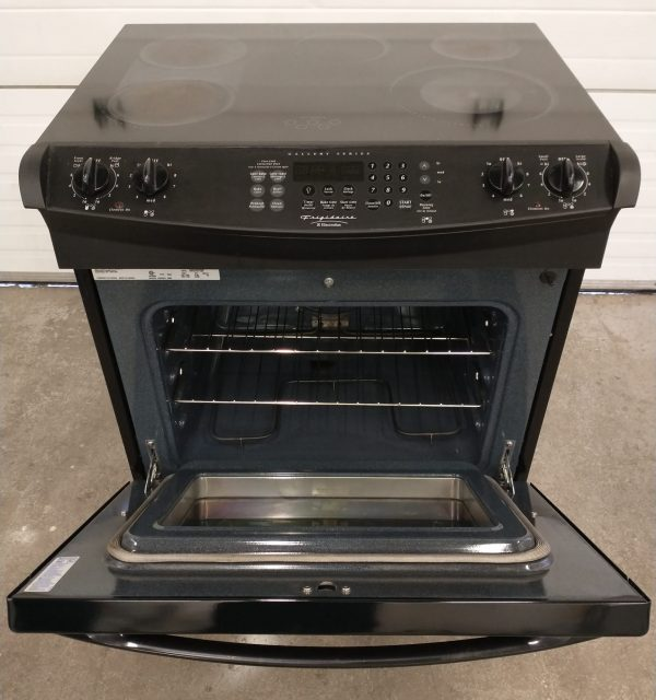 SLIDE-IN ELECTRIC STOVE FRIGIDAIRE DGES388DB2