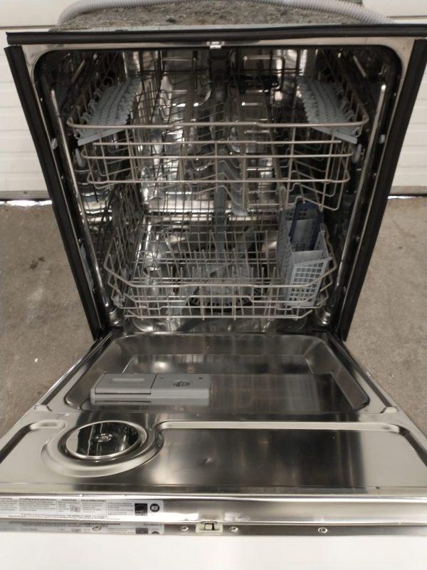 USED DISHWASHER - SAMSUNG DW7933LRAWW