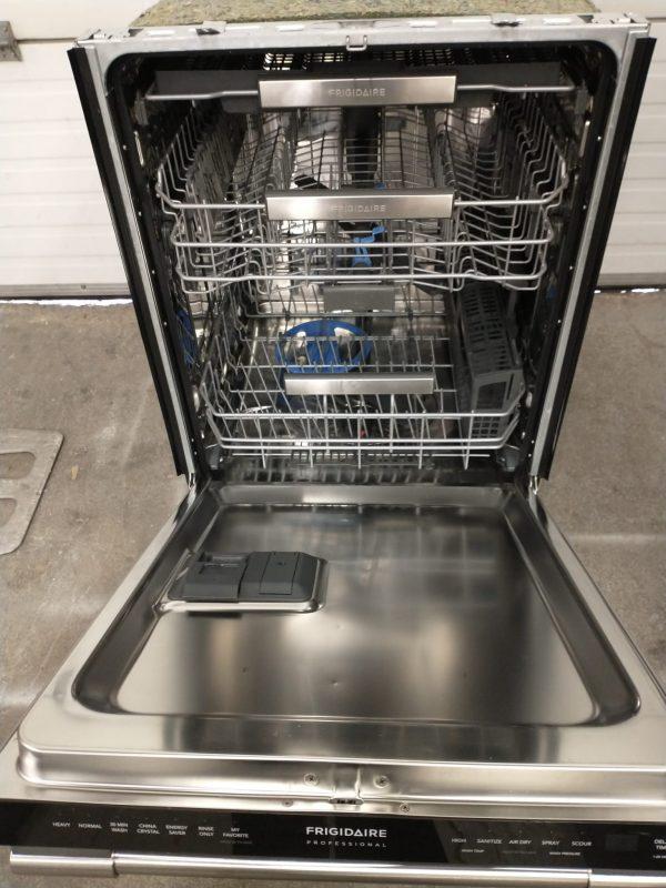 USED DISHWASHER - FRIGIDAIRE FPID2498SF0A