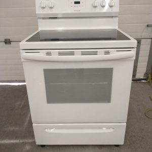 USED ELECTRICAL - STOVE FRIGIDAIRE FCRE305CAWA