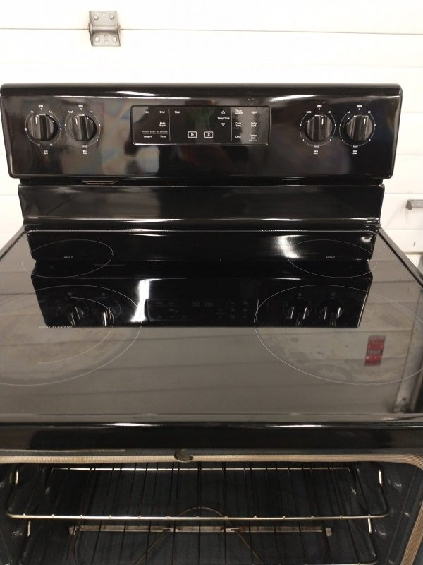 USED ELECTRICAL STOVE WHIRLPOOL YWFE510S0HB1